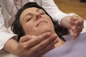 Heilpriester-heilende-Hände